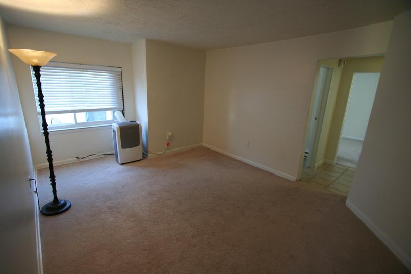 LUXURY 1 BEDROOM APARTMENT FOR RENT GREENSBURG PA