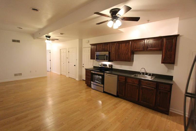 GREENSBURG PA LUXURY 3 BEDROOM 2 FULL BATH APARTMENT FOR RENT
